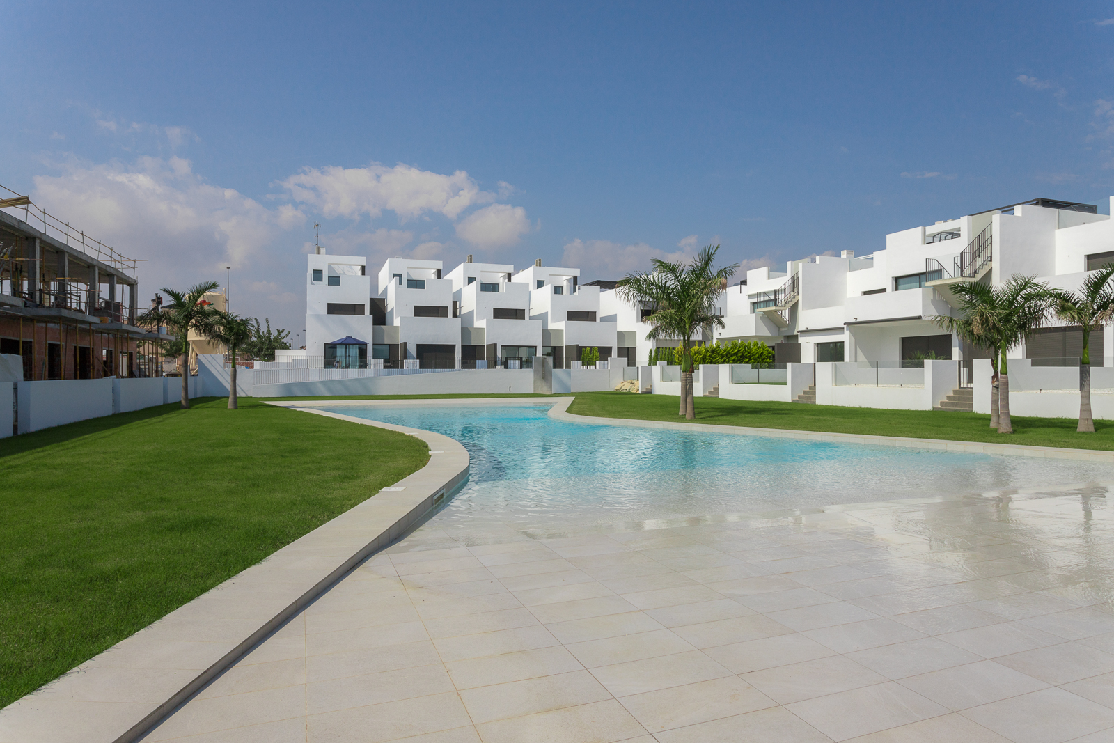 APARTMENTS IN TORRE DE LA HORADADA